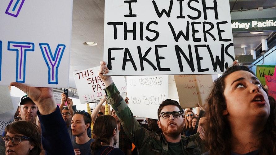 "Trening ""Look Sharp: deconstructing fake news"""