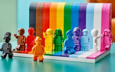 Lego figurice u duginim bojama