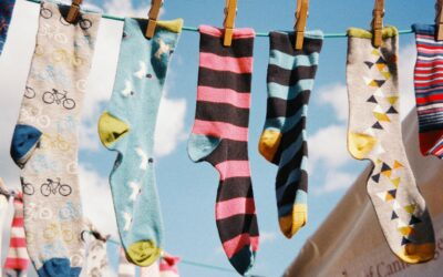 Stare čarape postaju krevetići za pse
