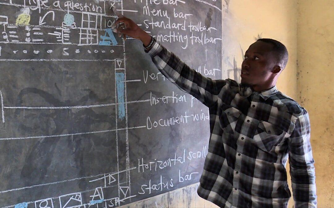 Profesor informatike predaje bez moderne tehnologije